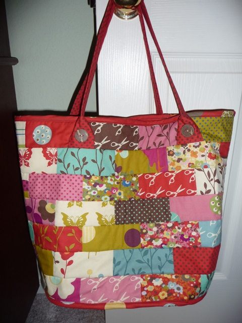 red tote 1